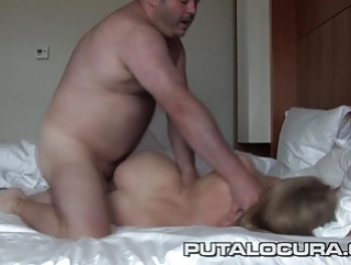 Gros seins gros mamelons